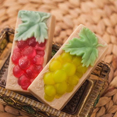 Пластиковая форма для мыловарения Виноград