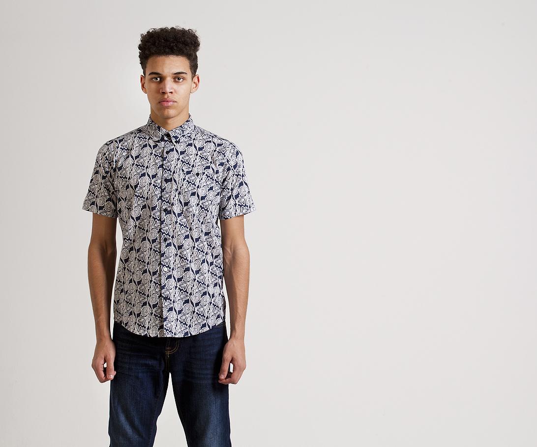 Мужская рубашка с коротким рукавом Weekend Offender Winslow Navy. Коллекция весна-лето 2016.