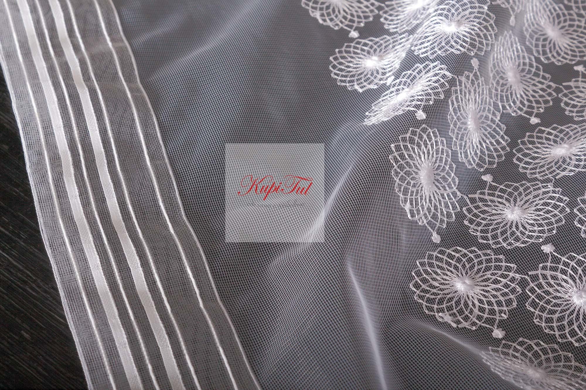 Микросетка с вышивкой Ромашка (белый)