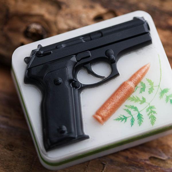 Мыло Пистолет на основании. Пластиковая форма