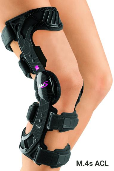 С регулируемыми шарнирами Ортез коленный жесткий регулируемый M.4s ACL с шарнирами physioglide m4s_acl_1_.jpg