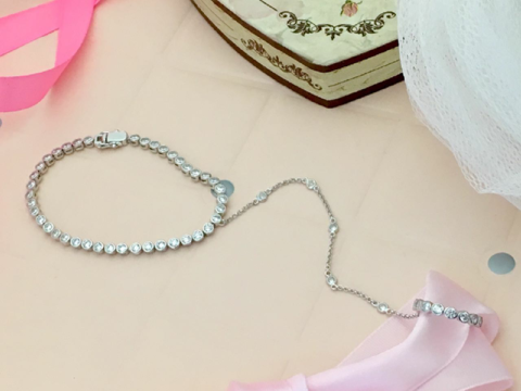 Слейв-браслет из серебра в стиле APM MONACO