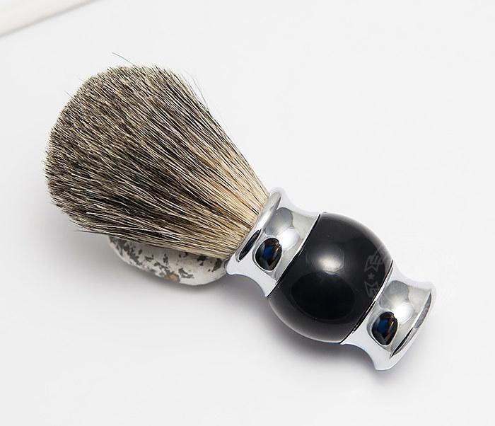RAZ303-1 Помазок для бритья с рукояткой темно-синего цвета фото 01