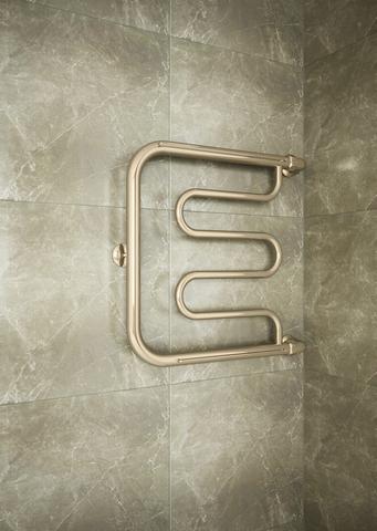 Foxtrot  Bronze - водяной полотенцесушитель цвета бронза с боковым подключением.