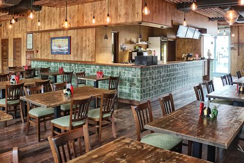 Мебель для ресторана из дерева
