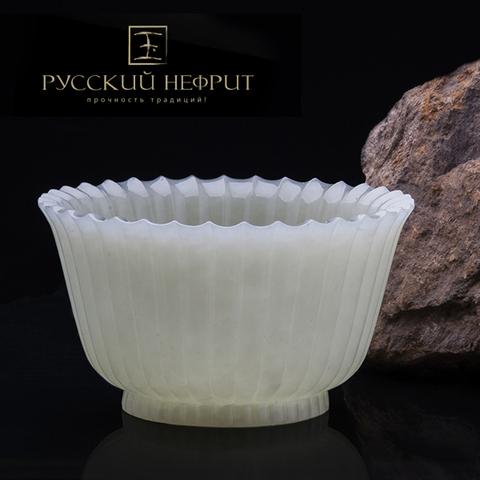 Резная чашка для чая из белого нефрита