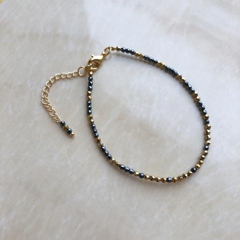 Браслет из гематита цвета золота и серебра