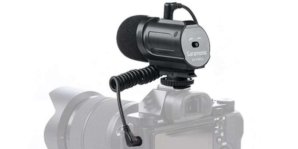 Стерео микрофон-пушка Saramonic SR-PMIC2 на камере