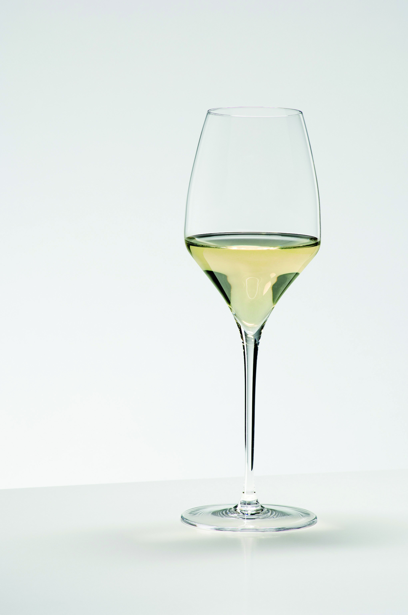 Бокалы Набор бокалов для белого вина 2шт 490мл Riedel Vitis Riesling nabor-bokalov-dlya-vina-2-sht-490-ml-riedel-riesling-avstriya.jpg