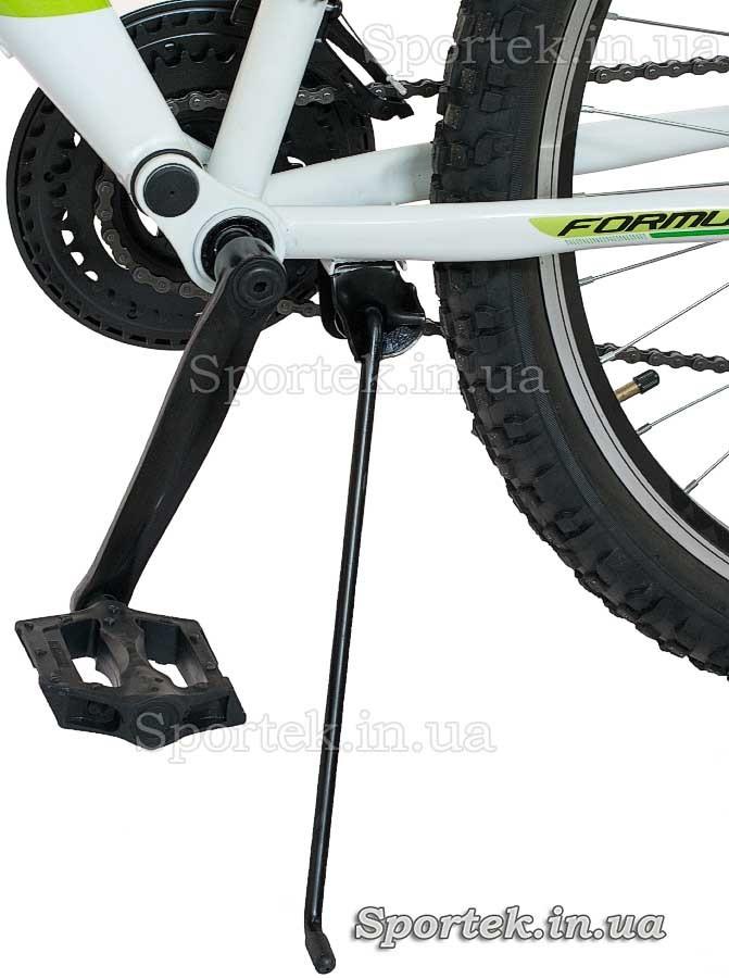 Подножка и педаль  горного универсального велосипеда Formula Kolt 2015 (Формула Кольт)