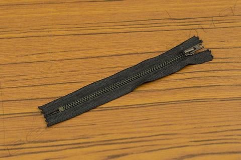 Молния неразъёмная однозамковая YKK (14 см) 09-23-0001-10