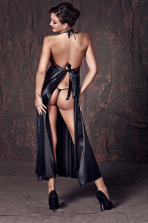 секс видео девушки вечерних платьях и в сексуальном белье кровати, смотрел