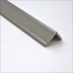 Уголок серебро (нешлифованный)