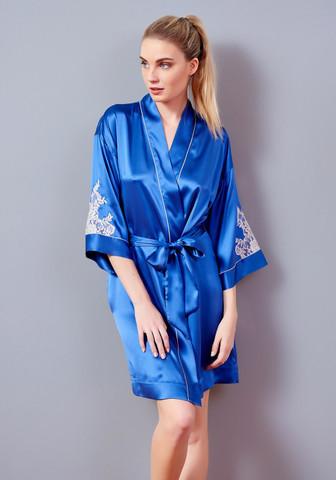 Короткий женский халат из натурального шелка