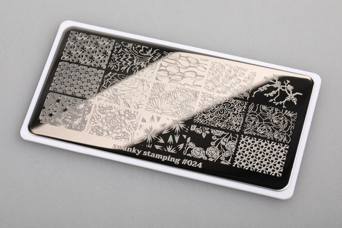 Пластина Swanky Stamping 024
