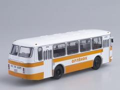 LAZ-695N Soviet summer camp Orlenok Soviet Bus 1:43
