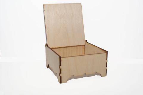 057-3730  Шкатулка деревянная