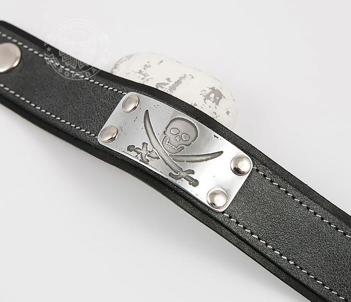 BL453-3 Кожаный браслет с гравировкой Пират из кожи ручной работы фото 03