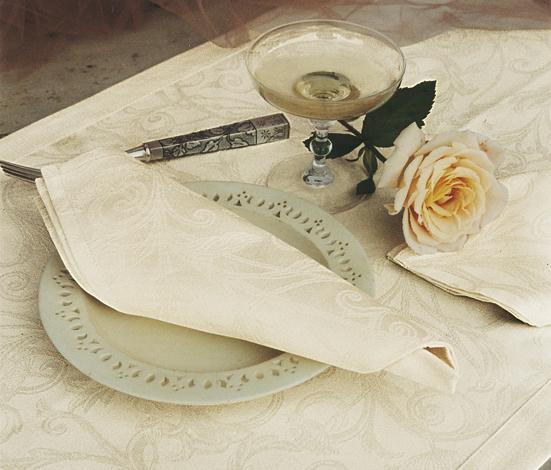 Скатерть 170х240 и 8 салфеток Blanc des Vosges Ombelle бежевая