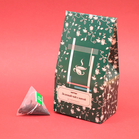 Зеленый чай с мятой в пирамидках