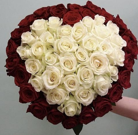55 роз в форме сердца #17815