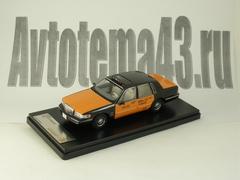 1:43 Lincoln Town Car 1996 (USA Taxi)