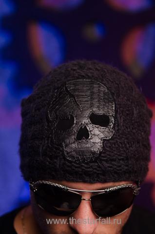 Шапка «Formation» от 7.17 Studio Luxury с черепом из кожи питона