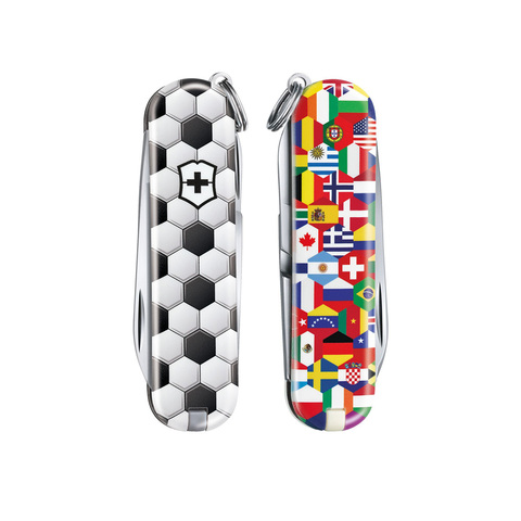 Victorinox модель 0.6223.L2007 World of Soccer