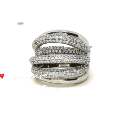 Широкое кольцо из серебра с цирконами в стиле Grisogono