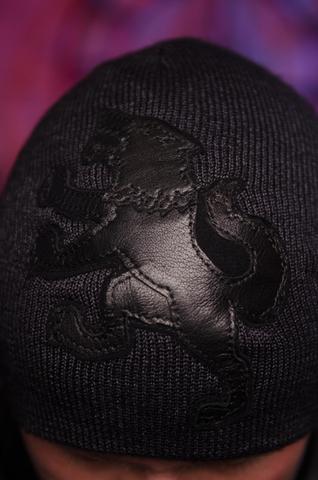 Шапка «Predator» от 7.17 Studio Luxury c волком