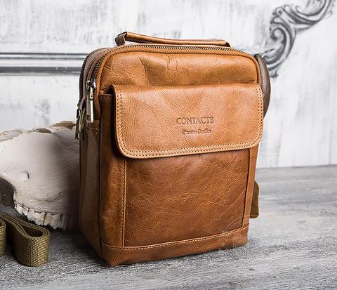 Коричневая сумка из натуральной кожи с ремнем на плечо