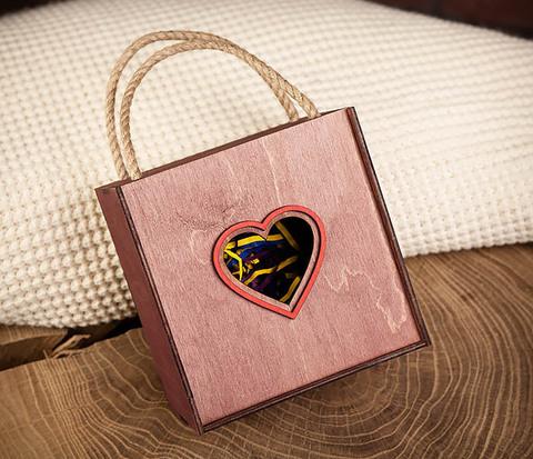 BOX210-3 Коробка с веревочными ручками фиолетового цвета