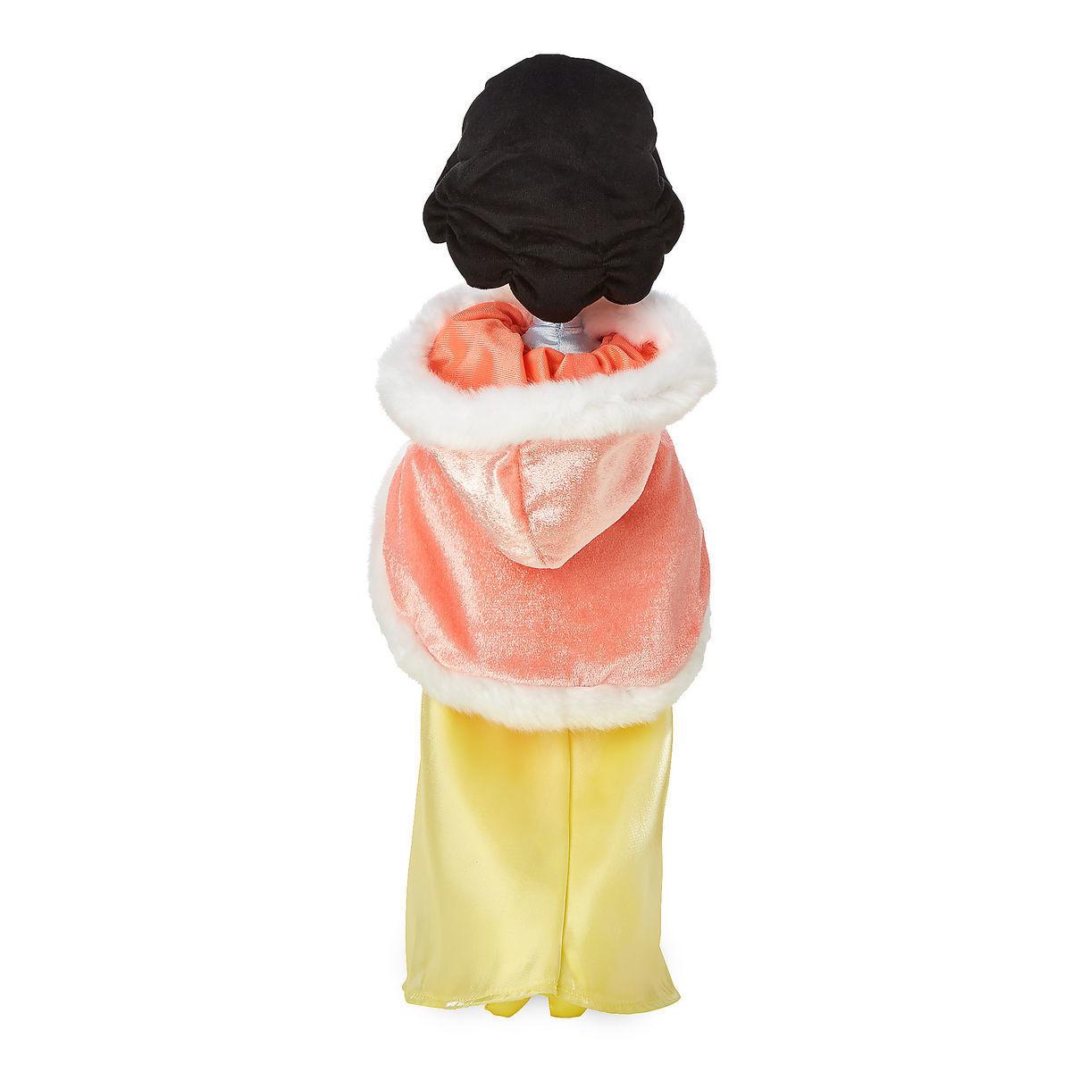 Мягкая кукла Белоснежка в зимнем капюшоне - Дисней 46 см