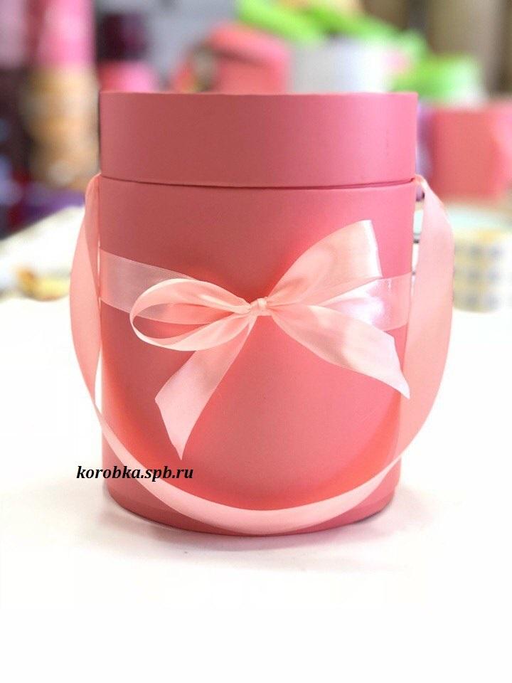 Шляпная коробка D 16 см .Цвет: розовый . Розница 400 рублей.