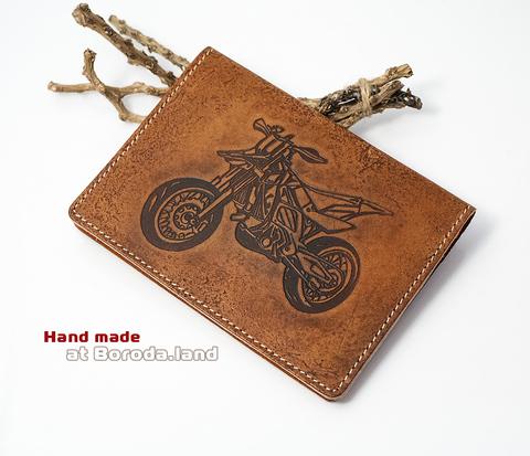 BY04-07-04 Кожаная обложка для авто документов с мотоциклом
