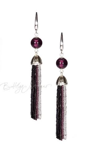Серьги из бисера черно-фиолетовые