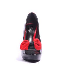 Туфли лаковые черные на танкетке