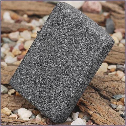 Классическая зажигалка ZIPPO 211 Iron Stone
