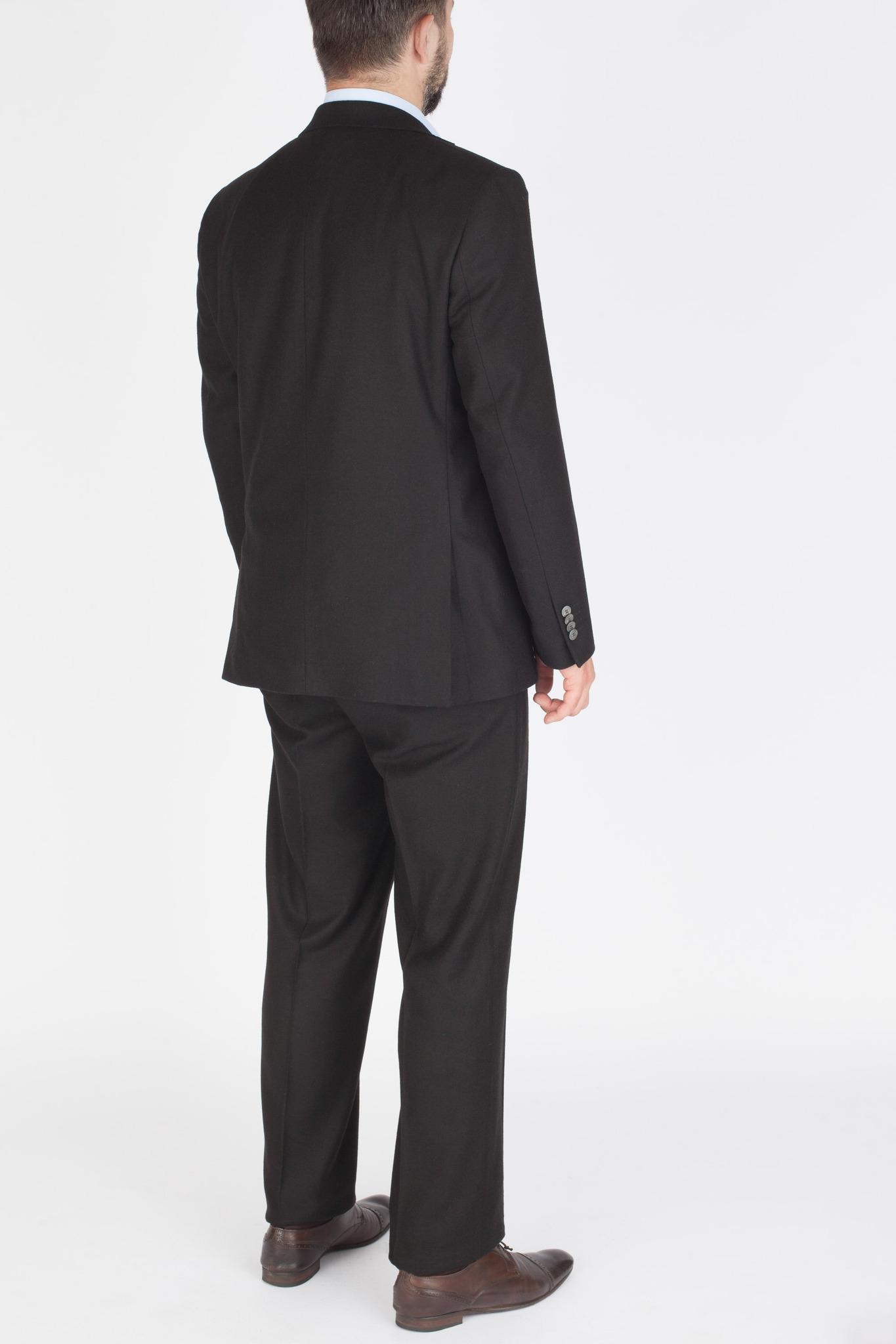 Чёрный костюм из 100%-ной шерсти