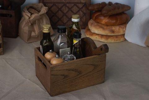 Ящик из светлого дуба для хранения кухонных мелочей