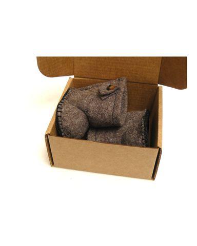 Сапожки-угги из фетра - В упаковке. Одежда для кукол, пупсов и мягких игрушек.