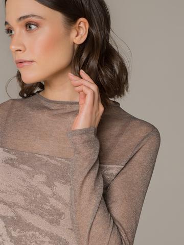 Женский джемпер коричневого цвета с прозрачными вставками - фото 2