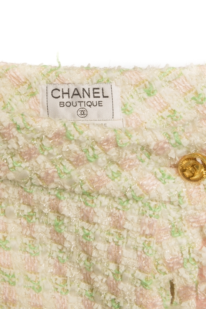 Классическая твидовая юбка пастельных оттенков от Chanel, 34 размер.