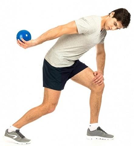 Медбол (2 кг) - это утяжелитель для спортивных и реабилитационных з...