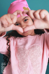 080К Шапка двухслойная с сердцем. Розовая.