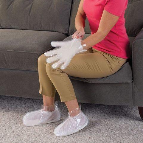 <p>С парафиновыми носками для ухода за кожей ног Вам не нужно посещ...