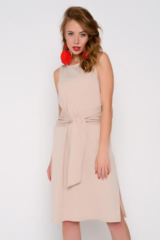 Летнее соблазнительное платье для любого выхода в свет. Прямой силуэт, по переду бант. По бокам разрезы. Очень эффектная спинка, которая точно Вас не оставит незамеченной. (Длина: 44-50=100см)