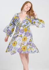 Туника женская в цветах и бабочках