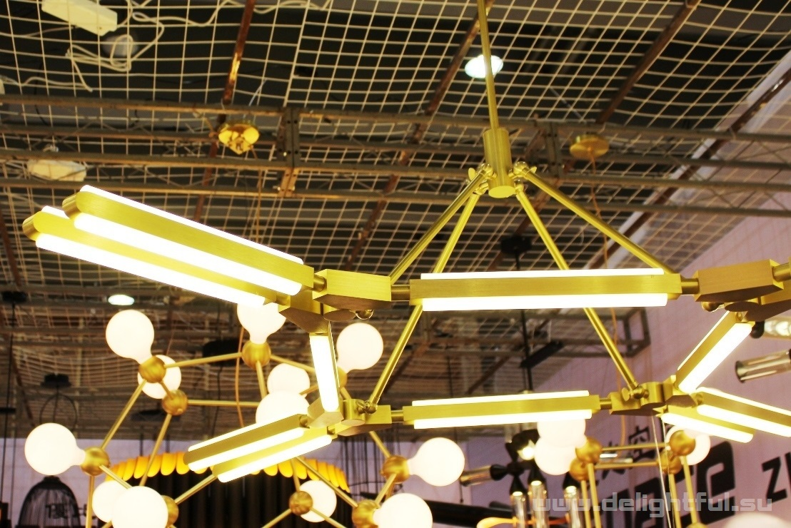 chandelier_PRIS_Roll&Hill_www_delightful_su2