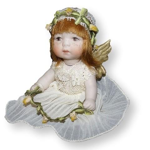 Кукла фарфоровая коллекционная Marigio Angelo в бежевом